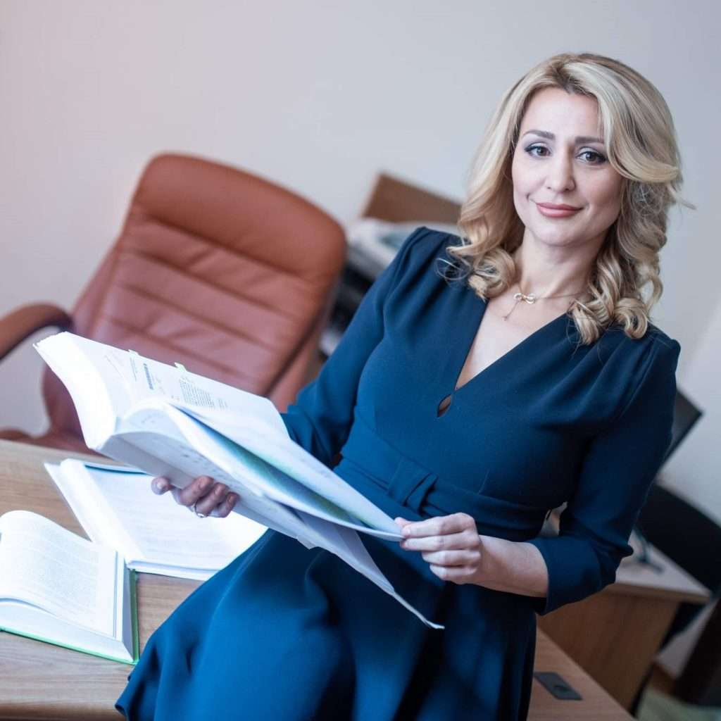 адвокат Снежина Ковачева
